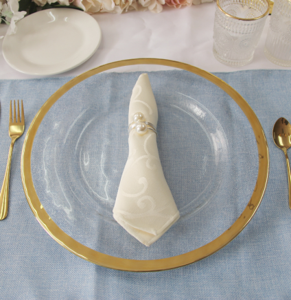 Charger Plate - Gold Rim 3.png